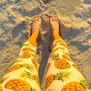 SALE 🍍 Pineapple Crop Leggings - One Size 🍍